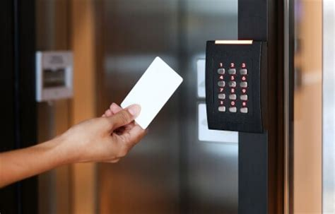 4 Benefits of an Electronic Access Control System at Your
