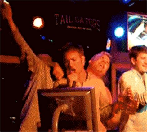 52 Hilarious Drunks Trying to Act Sober in GIF - Wow Amazing