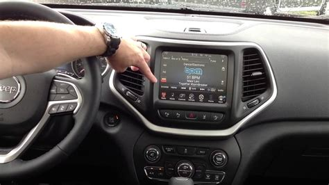 2014 Jeep Cherokee Interior - UConnect, Bluetooth and