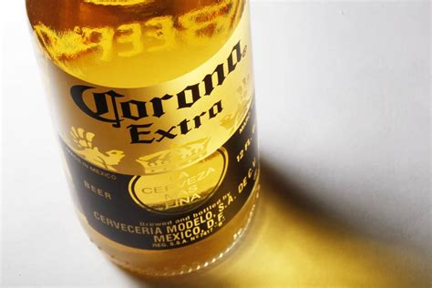 Bottles of Corona Extra Beer Recalled for Glass Particles