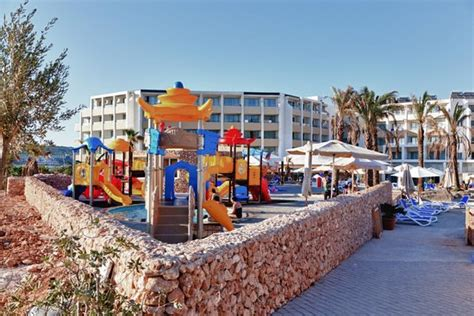 Kids Play Area - Picture of db Seabank Resort + Spa