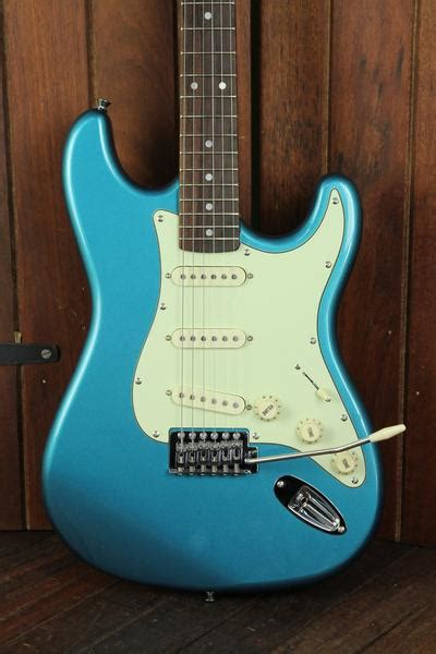 SX Vintage Style Electric Guitar Lake Placid Blue   The