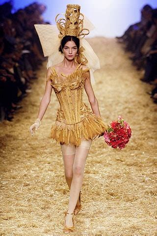 Jean Paul Gaultier Spring 2006 Ready-to-Wear Collection