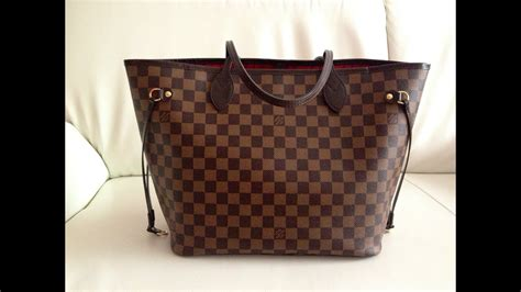 Louis Vuitton Neverfull MM Review + What's in my bag