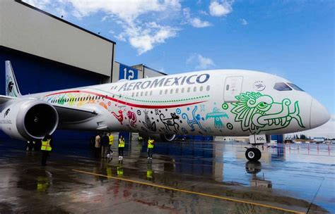 Aeromexico unveiled the exterior design of its first