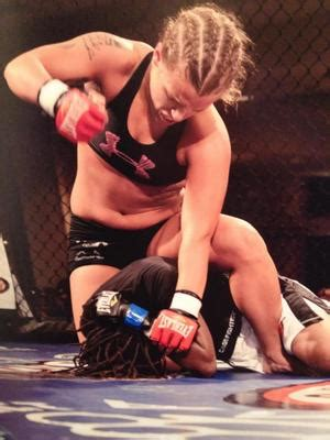 Lauren Barefoot | MMA Fighter Page | Tapology