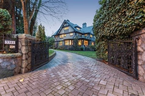 Luxury Real Estate is a Smart, Stable Investment If You
