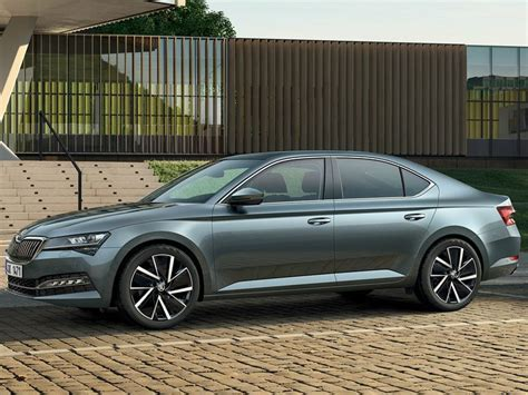 Skoda Superb Facelift India Launch By Mid-2020 - ZigWheels